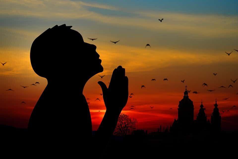 мусульмане становятся христианам