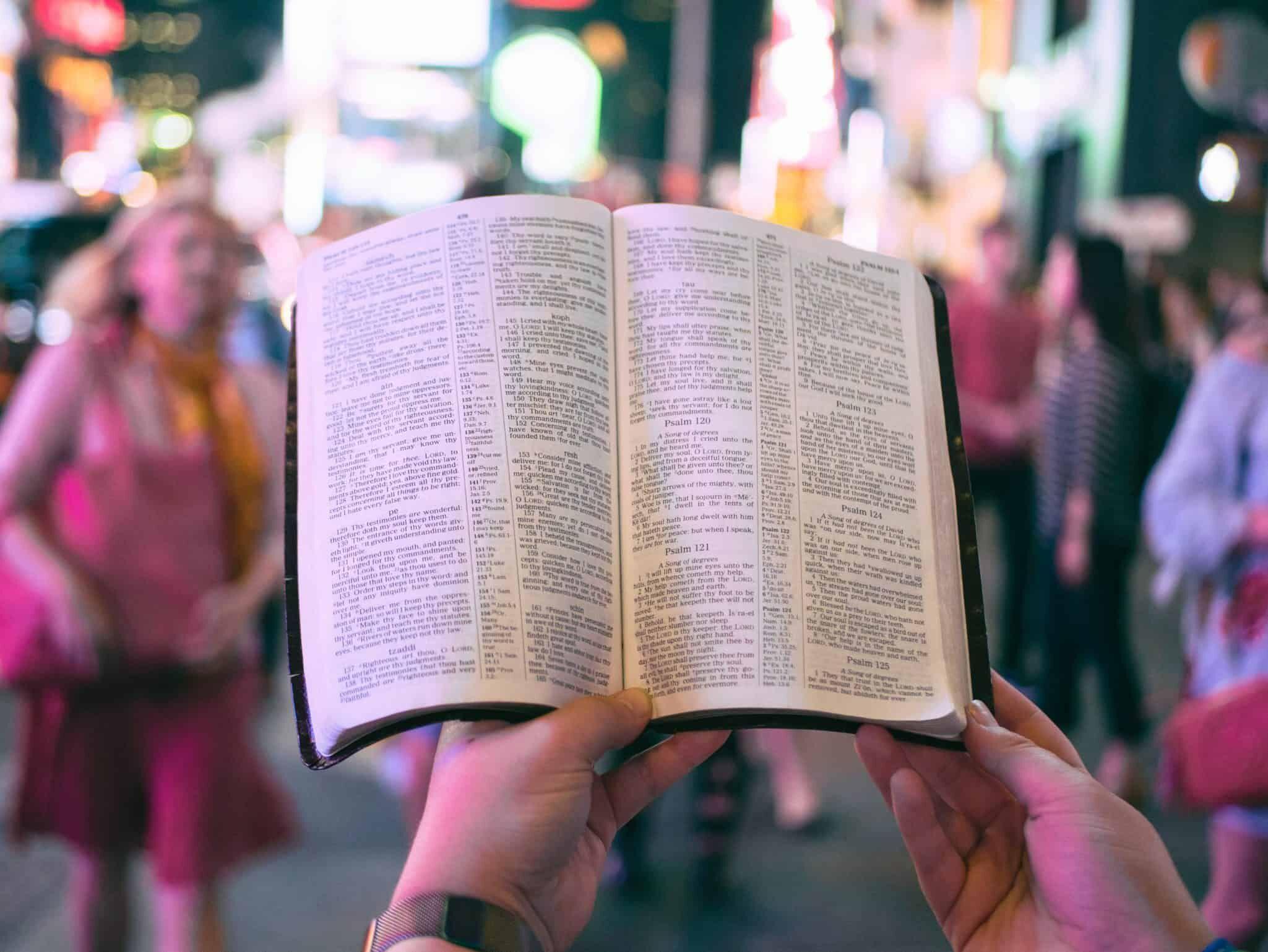 zachem-chitat-bibliyu
